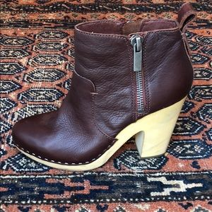 Dolce Vita leather clog boots